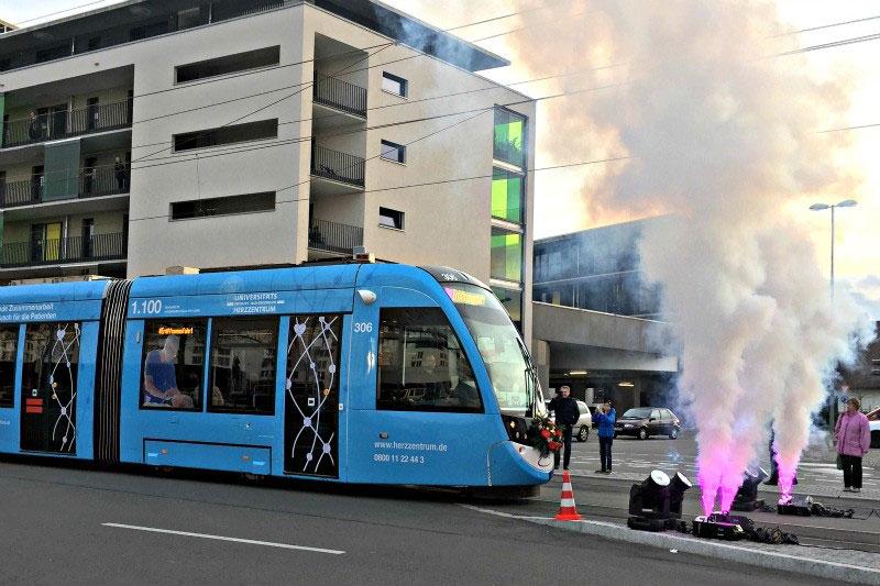 Straßenbahn Urbos an der neuen Linie 4 der VAG Freiburg
